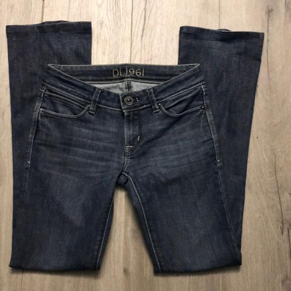 "d87265eddd5 DL1961 Denim - DL1961 Cindy petite swell inseam 30"" Bootcut Jeans"